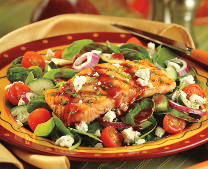 Grilled Salmon & Spinach Salad