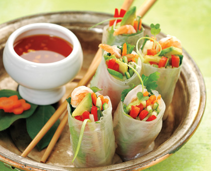 Fresh Spring Rolls with Chili Dipping Sauce