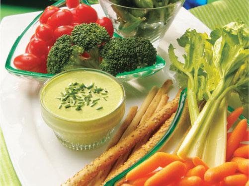 Green Onion Dip with Fresh Veggies